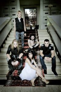 Apocalyptica_Lacey_02